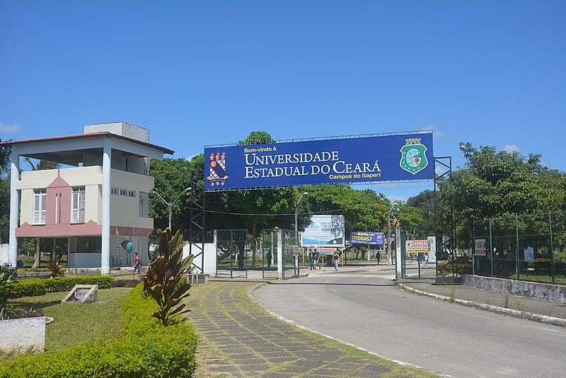 As inscrições devem ser feitas na secretaria do Núcleo de Línguas da UECE, na Avenida Luciano Carneiro, 345, Bairro de Fátima.