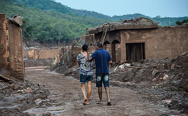 Episódio é considerado a maior tragédia ambiental do país, segundo ambientalistas
