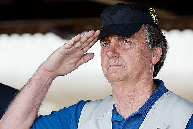 Jair Bolsonaro, durante visita al Comando de Operaciones Especiales del Ejército Brasileño, en Goiânia.