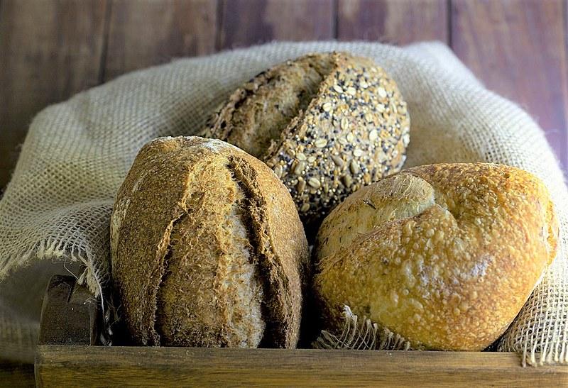 Embora muitas dietas defendam eliminar o consumo, o pão é um alimento extremamente importante na cultura alimentar dos trabalhadores