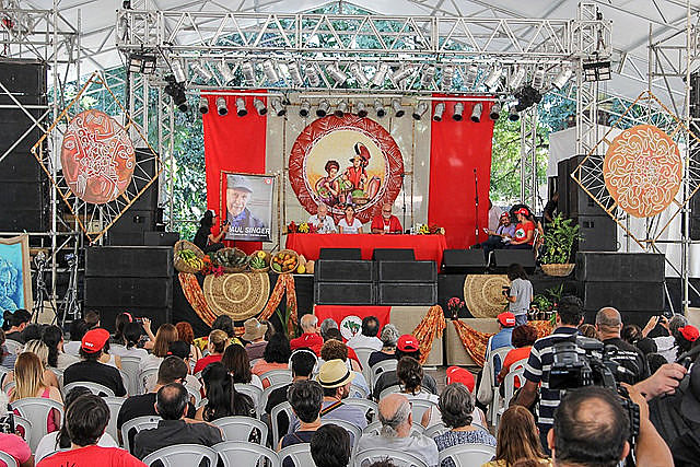 'Healthy eating is everyone's right' discussion panel took place at the 3rd National Agrarian Reform Fair