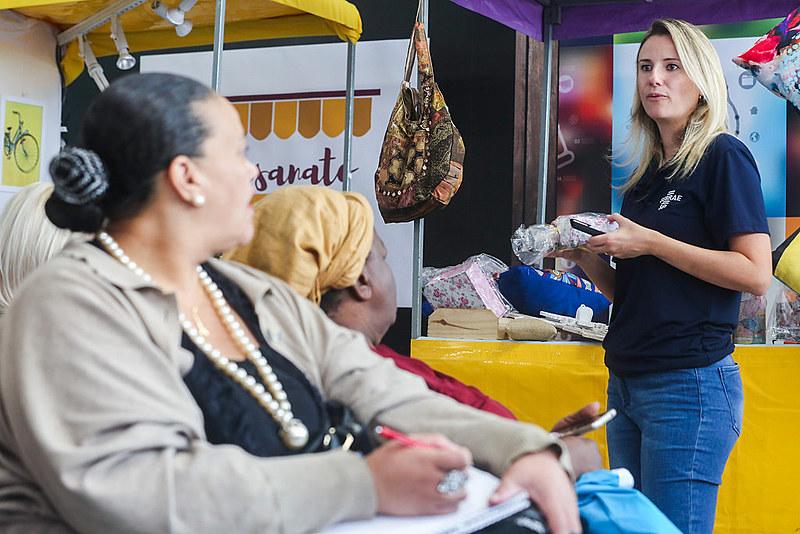Aumento no número de microempreendedores individuais reflete a ausência de oportunidades nos postos de trabalho tradicionais