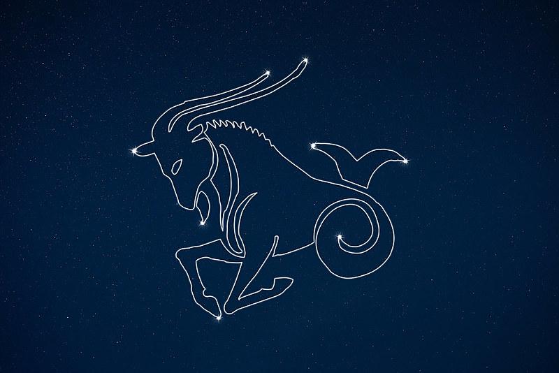 Capricórnio é o décimo signo do Zodíaco, o terceiro do elemento terra