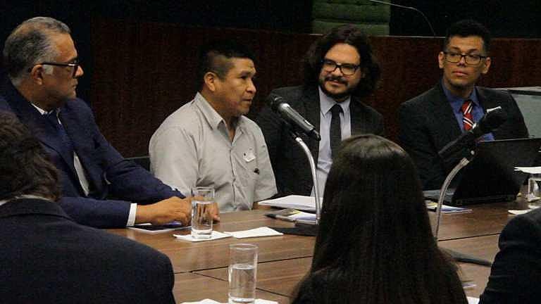Liderança Avá-Guarani fala durante audiência de conciliação no STF.