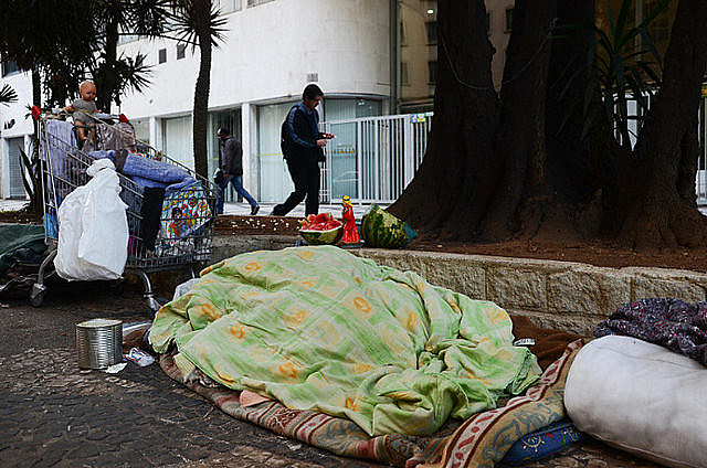 El Banco Mundial considera que una renta individual diaria de US$ 1,90 o menos equivale a pobreza extrema