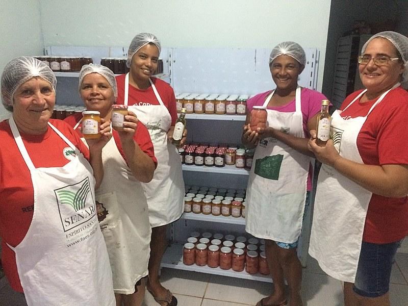 """Geleias e doces agroecológicos feitos pelo grupo """"As Camponesas"""" podem ser adquiridos na III Feira Nacional da Reforma Agrária, em São Paulo"""
