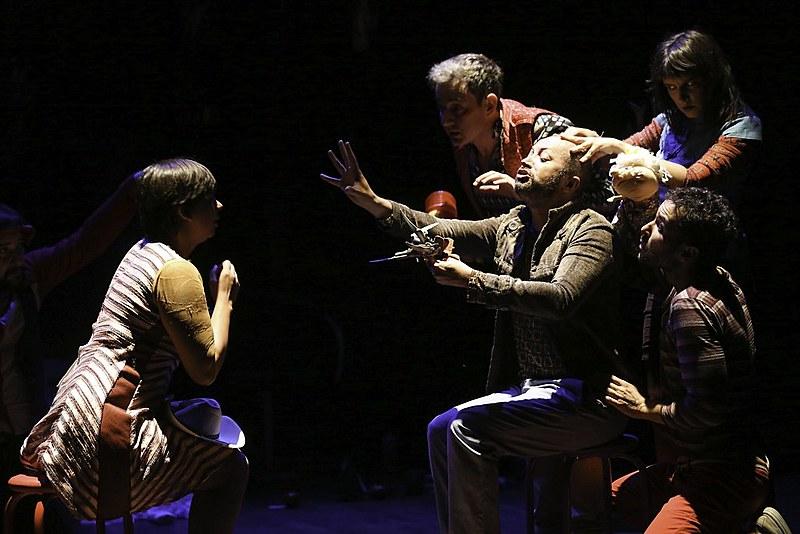 Abertura do Festival Nacional de Teatro Universitário do DF. Apresentação do grupo Novos Candangos, peça de Nelson Rodrigues, A Falecida