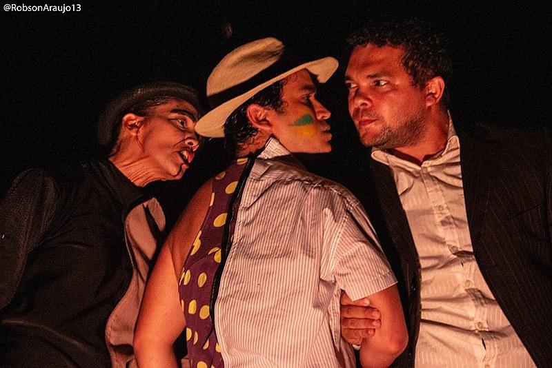 Grupo de Teatro Facetas mergulha no texto de Plínio Marcos