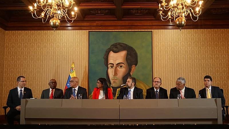 Guaidó criticou opositores de Maduro que firmaram o acordo e anunciou o abandono definitivo dos diálogos mediados pela Noruega