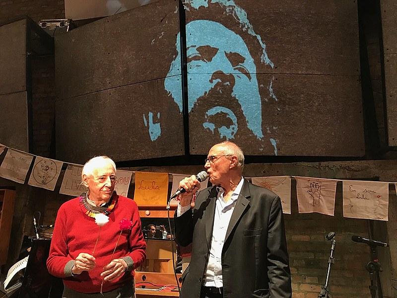 José Celso Martinez e Eduardo Suplicy no ato Lula livre