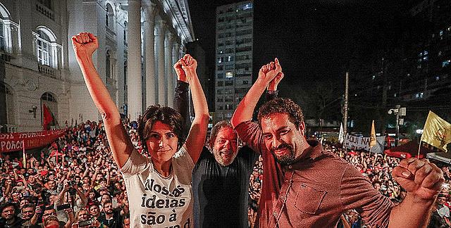 Los precandidatos presidenciales Manuela D'Ávila y Guilherme Boulos se unieron a Lula en la actividad