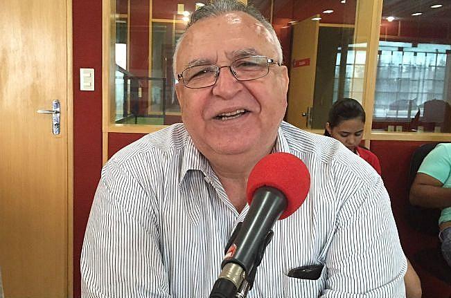 Omar nos últimos anos de trabalho no Rádio em Petrolina
