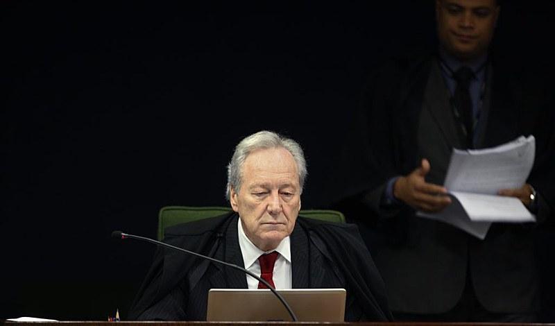 Em decisão monocrática, Fux suspendeu os efeitos da decisão do colega e gerou uma crise do STF