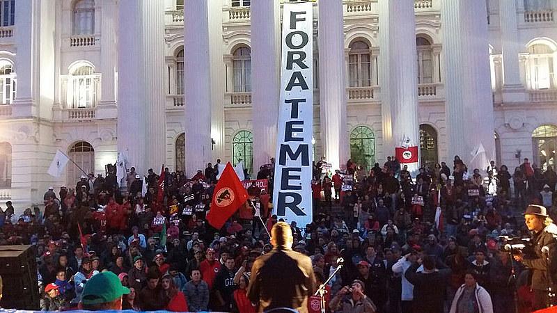 Mais de 200 mil pessoal participaram das mobilizações no país