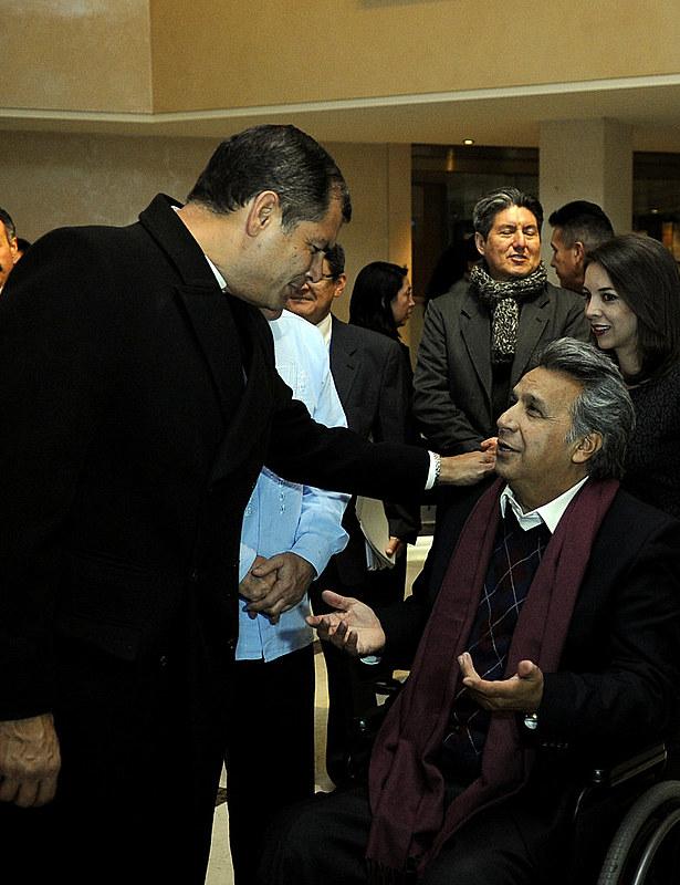 Saludo de Rafael Correa a Lenin Moreno