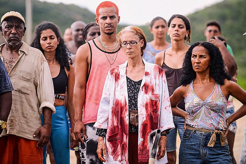 Legalidade retrata o Brasil acontecido. Bacurau, o Brasil de hoje, vivido e acontecido em 2019, em forma de alegoria e ficção