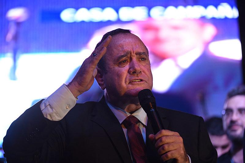Aos 63 anos, o político venceu após concorrer pela quarta vez e assumirá em janeiro para um mandato de quatro anos