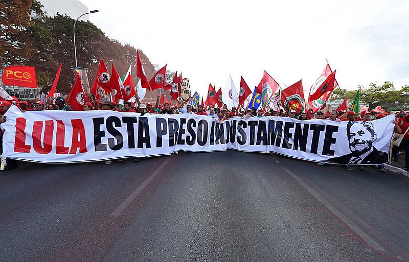 Em nova decisão polêmica da Justiça, Lula é condenado a 12 anos e 11 meses de prisão por juíza que substitui Sérgio Moro