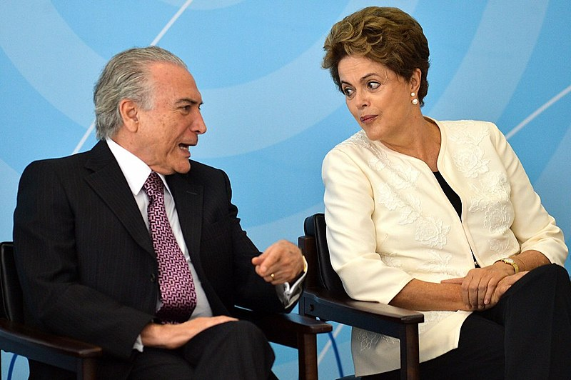 Dilma Rousseff e Michel Temer em 24 de novembro de 2015