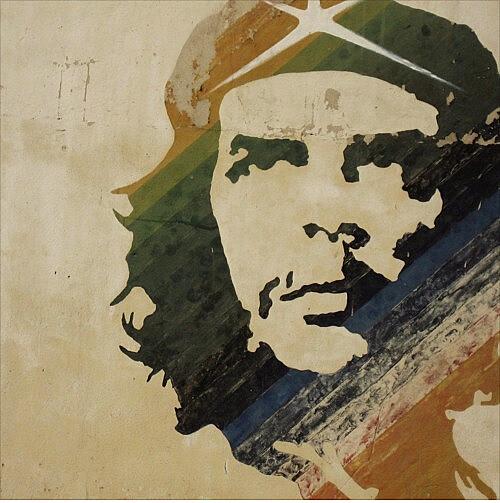 No dia 9 de outubro de 1967, tropas da Bolívia mataram o líder revolucionário Ernesto Che Guevara.