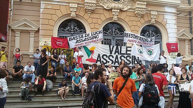 """""""Acto de lucha contra la masacre de la Vale en Brumadinho"""" reunió 300 personas en Belo Horizonte"""