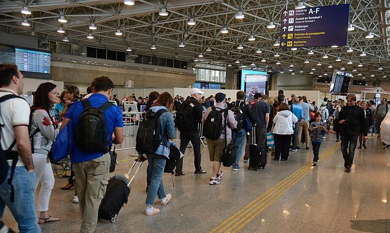 Argentinos no aeroporo Galeão