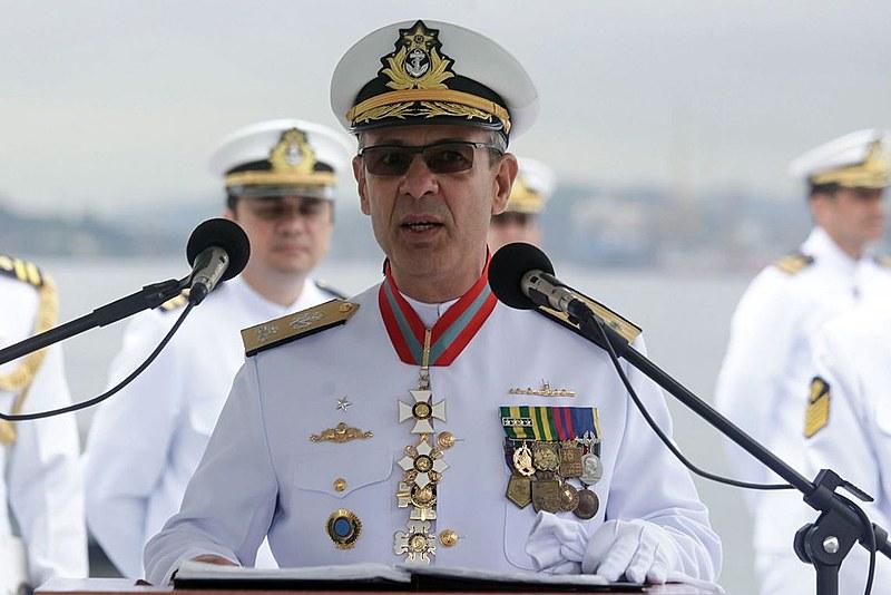 Almirante Bento Albuquerque, ministro de Minas e Energia desde 1º de janeiro