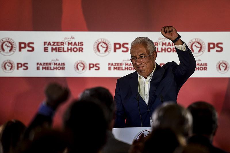 """Primeiro-ministro António Costa afirmou que """"os portugueses gostaram da 'geringonça' e desejam a continuidade, com um PS mais forte"""""""
