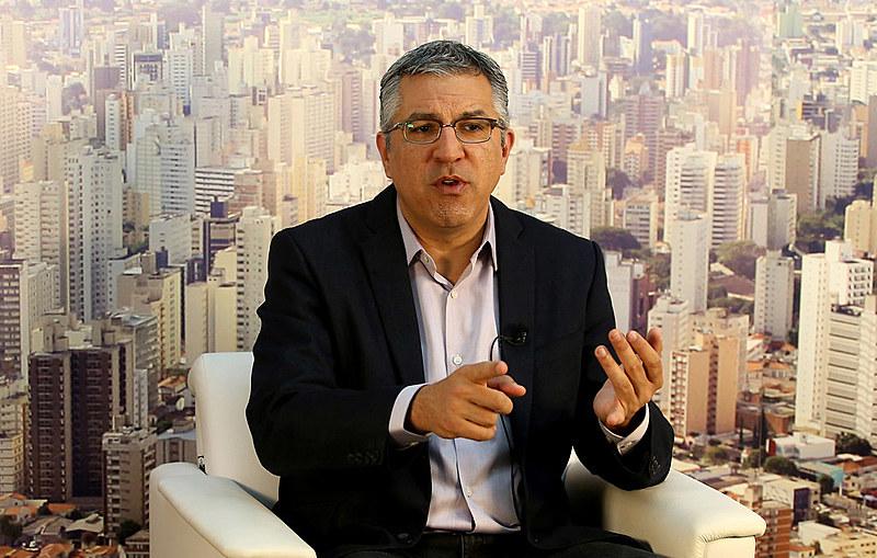 Alexandre Padilha teve participação cancelada no último momento no programa Roda Viva da TV Cultura