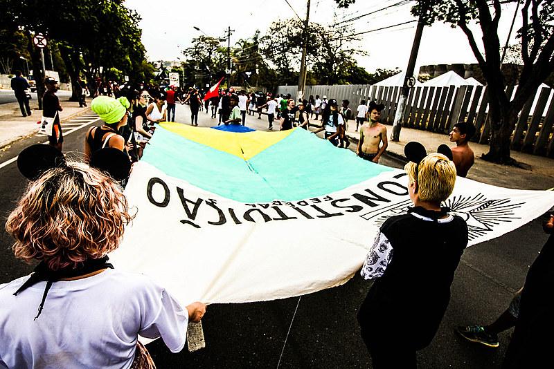 """""""Pela Constituição, todos os brasileiros têm direitos que foram inscritos na lei, mas ainda não foram postos em prática"""""""