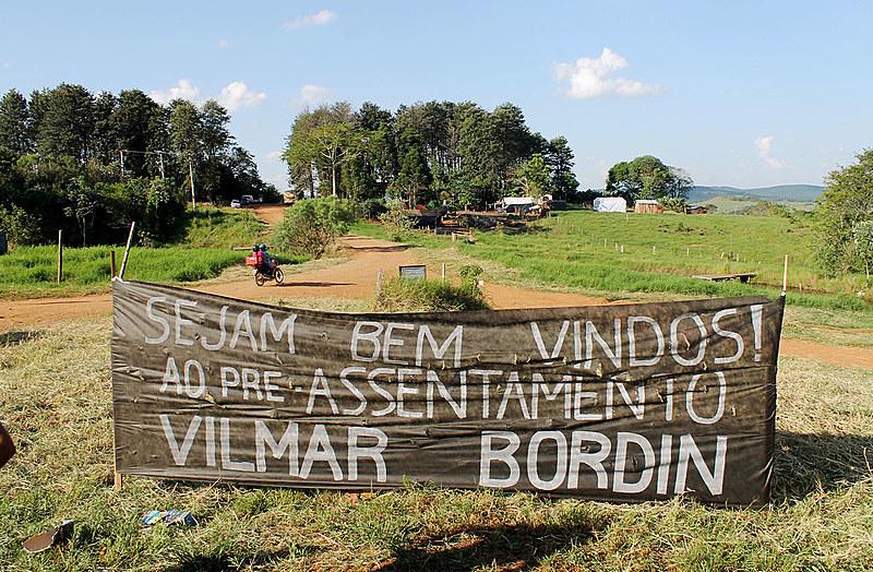 Pré-assentamento Vilmar Bordin homenageia trabalhador sem-terra morto pela PM no dia 7 de abril