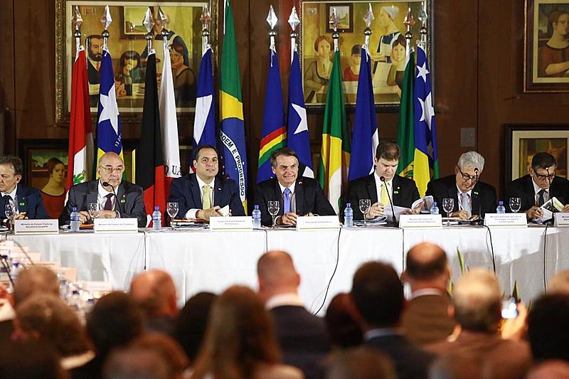 Bolsonaro se reuniu com governadores dos estados do Nordeste, Minas Gerais e Espírito Santo
