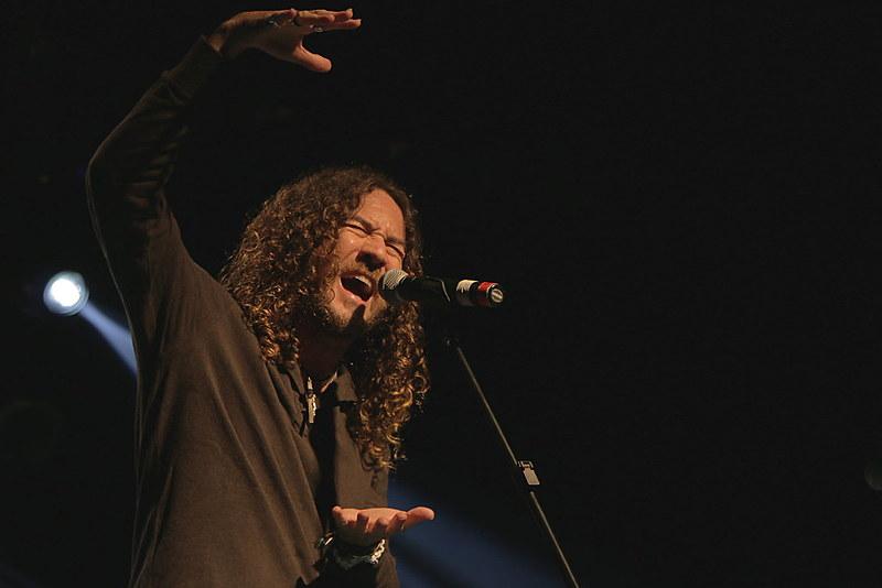 O pernambucano já cantou com artistas como Elba Ramalho, Dominguinhos, Alceu Valença, Geraldo Azevedo e Lenine