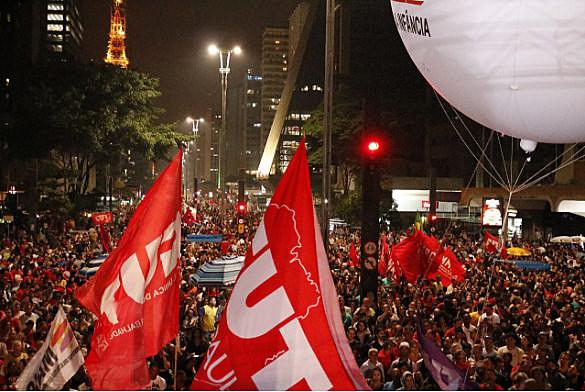 Manifestación por Elecciones Directas Ya, en São Paulo