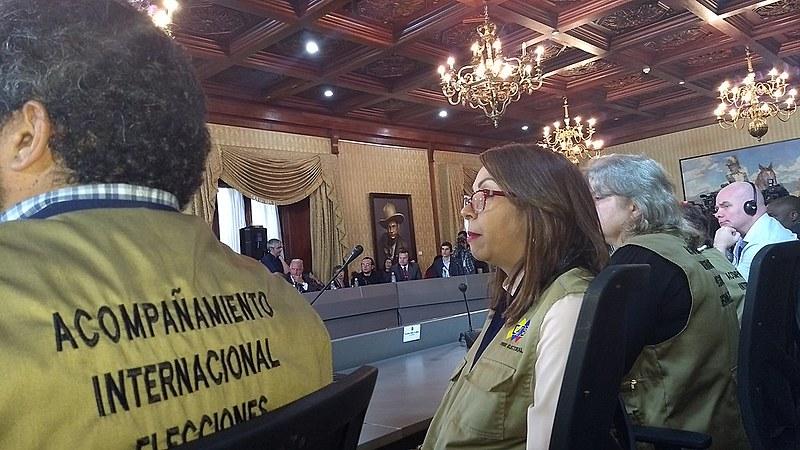 Observadores internacionais vão acompanhar votação em centros eleitorais e algumas auditorias do CNE
