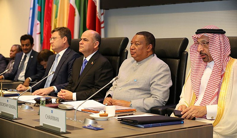 Ministro de Petróleo da Venezuela, Manuel Quevedo presidiu a 176ª sessão da OPEP, em Viena, Áustria