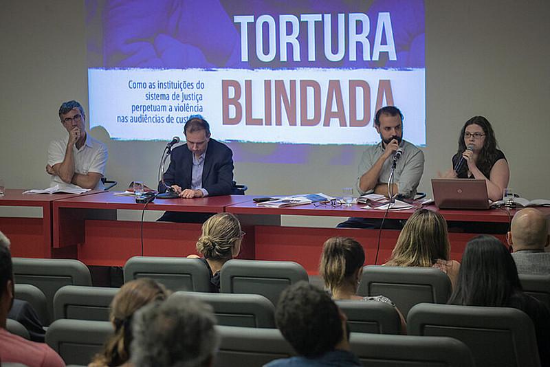 Foram ouvidos 393 casos de tortura policial relatados entre julho e novembro de 2015