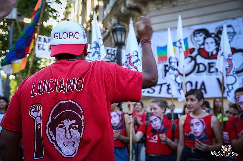 Por meio do futebol popular e da organização horizontal, movimento de favelas argentino ganhou o continente