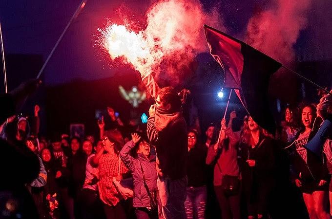 Mega manifestações no Chile derrubaram o estado de sítio e o ministério de Sebastián Piñera