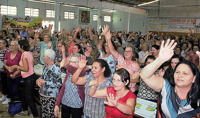 Entre outros pontos, mulheres debateram a importância da aposentadoria do meio rural para movimentar a economia das comunidades do interior