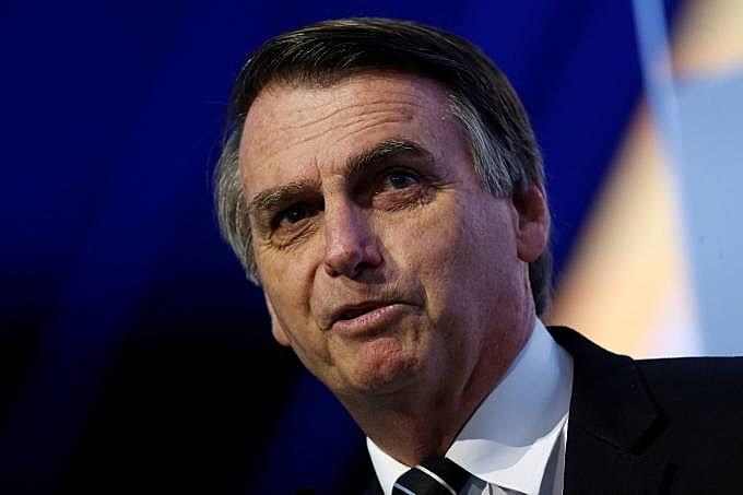 A democracia brasileira já havia sidohackeadapor Bolsonaro eBannon, este último sim o verdadeiro vencedor das eleições.