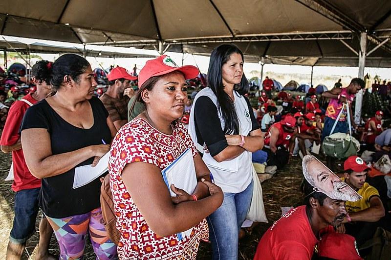 Além de marcharem, militância da Marcha Lula Livre também de outras atividades, como a formação política.