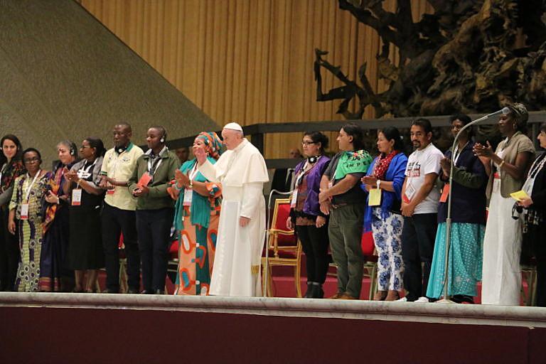Encontros entre o Papa Francisco e movimentos populares tiveram início em 2013