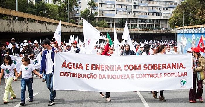 Movimento dos Atingidos por Barragens promove ato em São Paulo