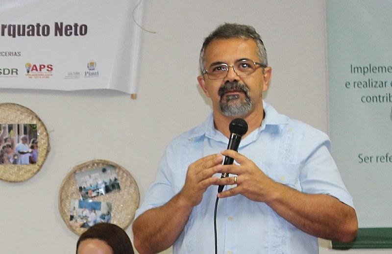Graduado em História, José Jonas Duarte é mestre em Economia (UFPB) e doutor em História Econômica pela Universidade de São Paulo (USP)