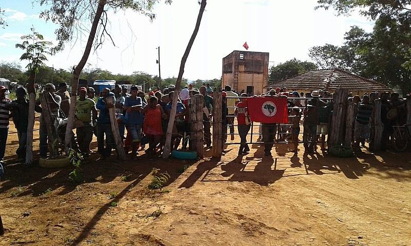Sem-terra na Fazenda Norte América, no município de Capitão Eneias, região Norte de Minas Gerais