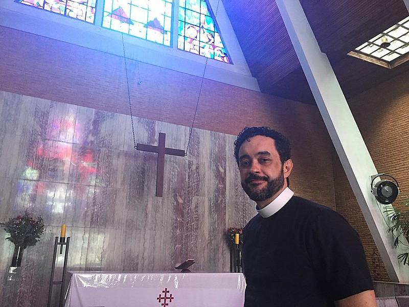 """""""A gente não vê isso [discurso de Bolsonaro] dentro do evangelho de Jesus"""", diz."""