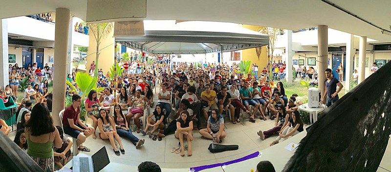 Em todo o Brasil são mais de 1000 escolas e cerca de 60 universidades ocupadas.