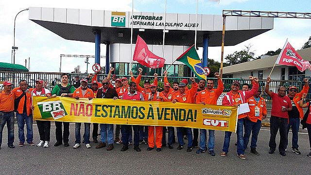 Petroleiros se posicionaram contra a venda da Petrobrás