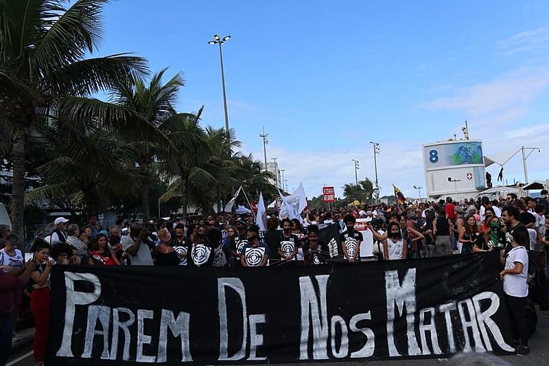 Manifestação denunciou aumento da violência policial em favelas do Rio de Janeiro